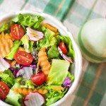 W lipcu na talerzu – 5 produktów polecanych przez dietetyka