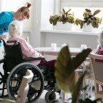 Chorzy na demencję – jak się nimi opiekować