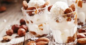 Beijinho de coco – kokosowe kuleczki z migdałami