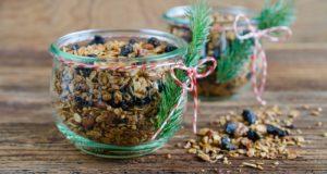 Korzenna granola na Boże Narodzenie